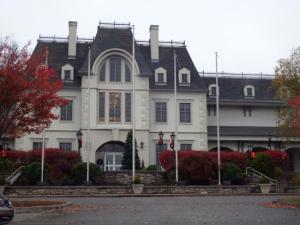 the-smoky-mountain-palace outside